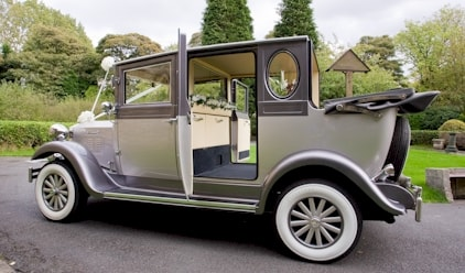 Imperial Open Wedding Car