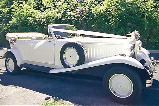 Beauford open top wedding car