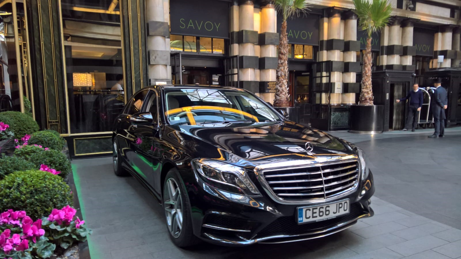 Mercedes Outside Savoy Hotel